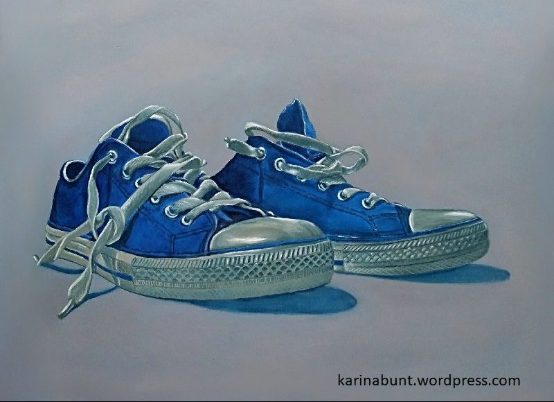 Schuhportrait blau-weisse Stoffschuhe / Sneaker