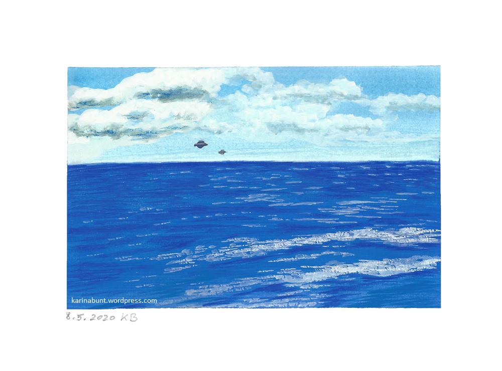 Meer mit Wolken und UFOs